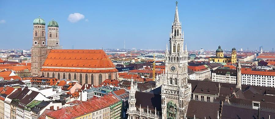 Umzugsfirma Wien München finden und dann das Zentrum von München besichtigen.