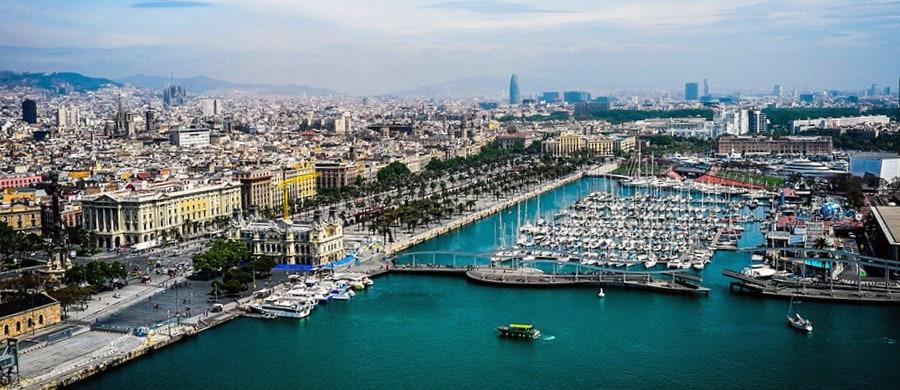 Nach dem Umzug Wien Barcelona, können Sie die schöne Aussicht von Barcelona bestaunen.