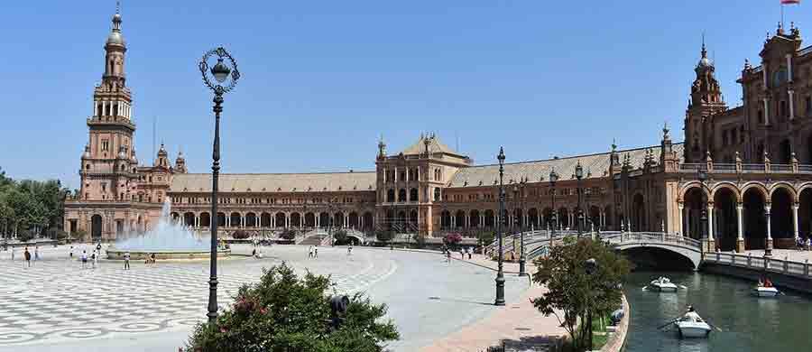 Nach dem Umzug Wien Sevilla, können Sie die Sehenswürdigkeiten in Sevilla ansehen.