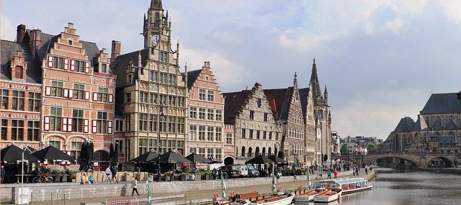 Nach dem Umzugsservice Wien Gent, geniessen Sie die Altstadt von Gent.