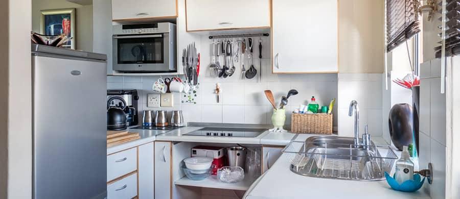 Küche für den Umzug vorbereiten.