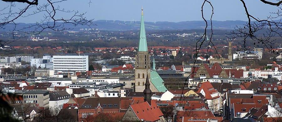 Umzug von Wien nach Bielefeld erledigen und die Stadt besichtigen.